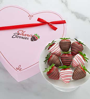 Love & Romance Dipped Strawberries™ in Heart Box